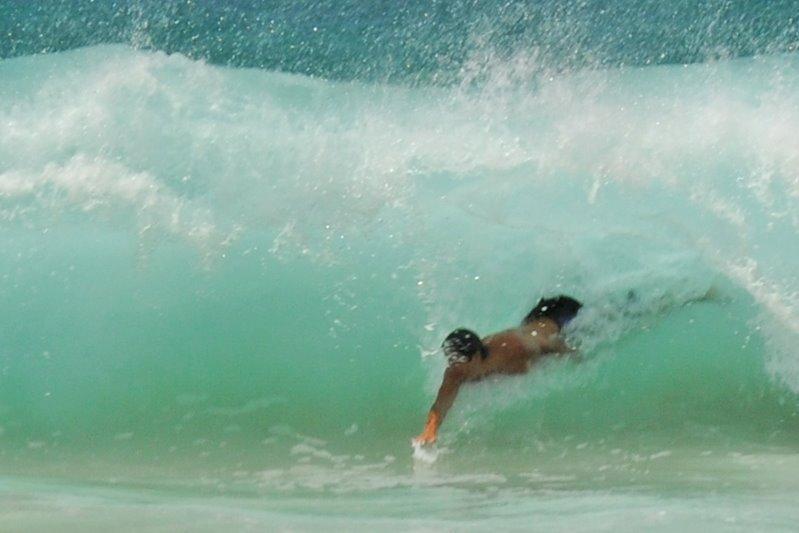 bodysurfing2.jpg