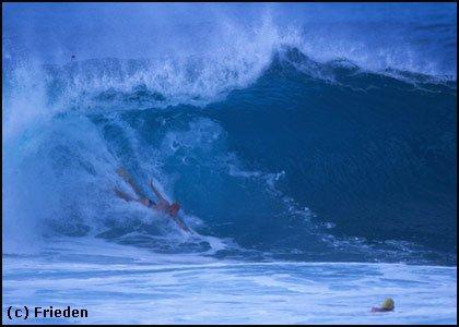 bodysurfpipe01.jpg